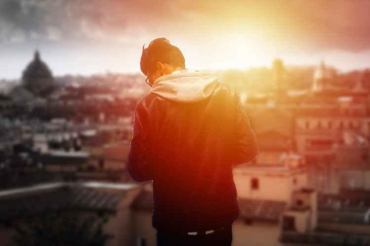 blur boy bright city
